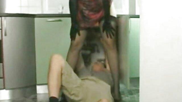 همجنسگرا بیدمشک فیلم سوپر ایرانی بکن الاغ خود را و لیسیدن لیس می زند