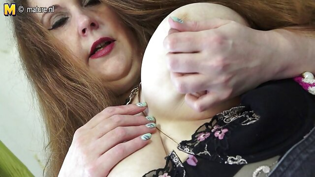 اعترافات به یک انفجار - سایش لباس بریتنی امبر الاغ او را پر می کند فیلم سوپر سکسی بکن